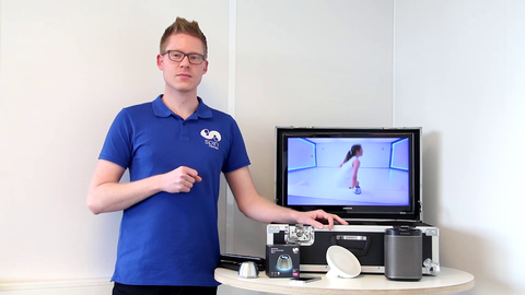 Product Specialist Arjan demonstrates the SPIN remote SDC-1